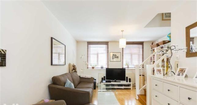 Thumbnail Maisonette to rent in Shoreditch, London