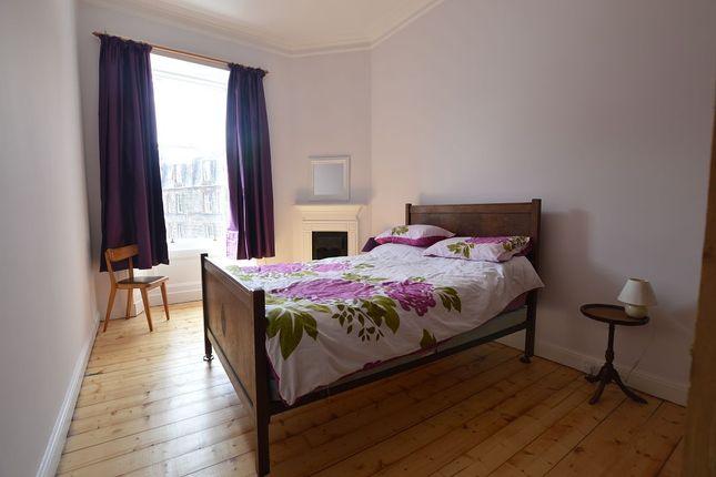 Thumbnail Flat to rent in Raeburn Place, Edinburgh