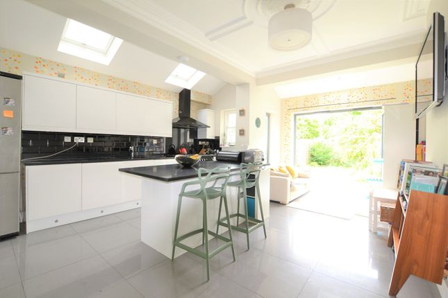 Thumbnail Terraced house for sale in Honeybrook Road, Balham