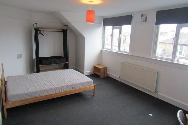 Flat to rent in Portswood Park, Portswood Road, Southampton