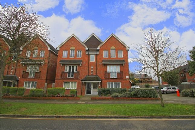 Thumbnail Terraced house to rent in Merton Road, Slough