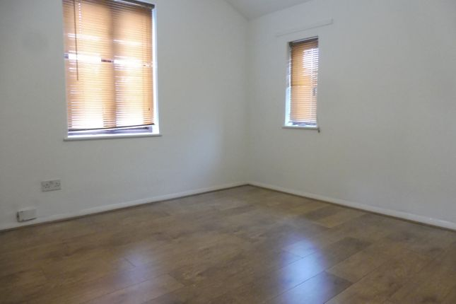Thumbnail Semi-detached house to rent in Summerhill Road, London