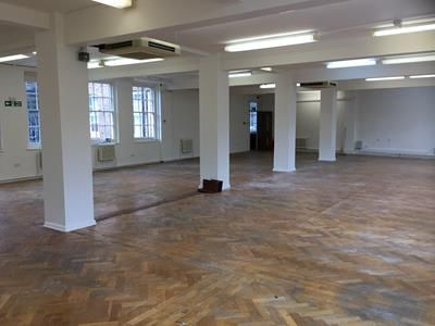 Photo 8 of Howard Suite, Broadway House 4-6, The Broadway, Bedford MK40