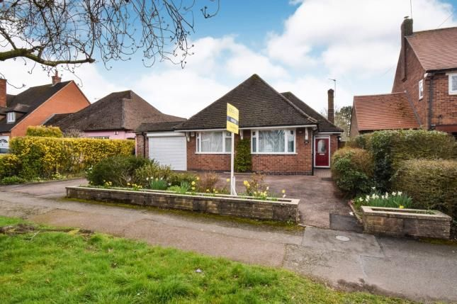 Thumbnail Bungalow for sale in Woodfield Road, Oadby, Leicester, Leicestershire