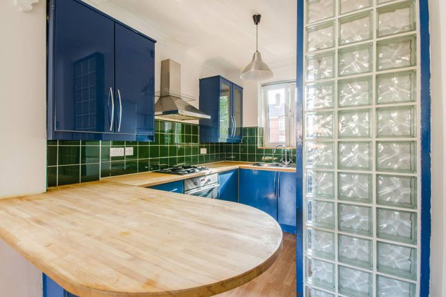 Thumbnail Flat to rent in Welland Street, Greenwich