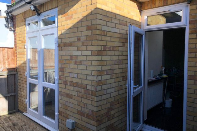 Thumbnail Flat to rent in Browning Road, Manor Park