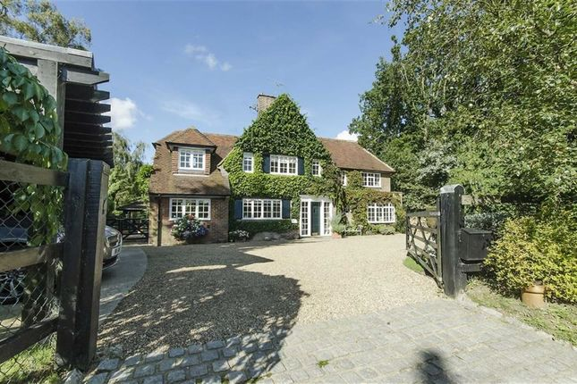 Thumbnail Country house for sale in Waterend Lane, Ayot Green, Welwyn, Hertfordshire