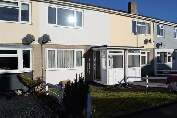 2 bed terraced house to rent in Bosvean Gardens, Paynters Lane, Redruth TR16
