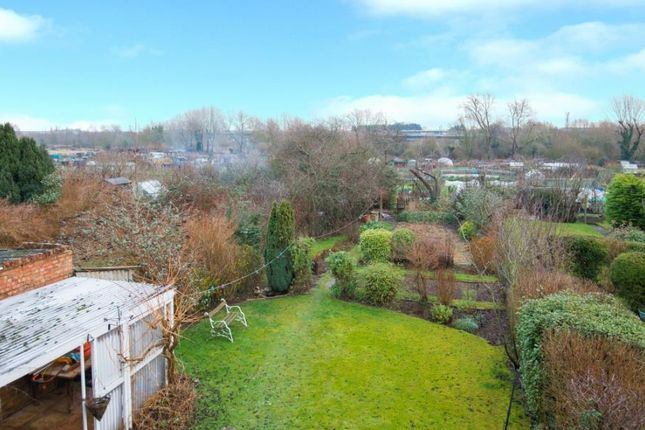 Thumbnail Property for sale in Old Hale Road, Hitchin
