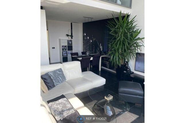 2 bed flat to rent in Duke Street, Northampton NN1