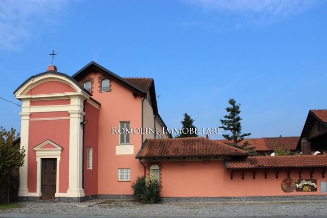 Leisure/hospitality for sale in Caselle Torinese, Piedmont, Italy