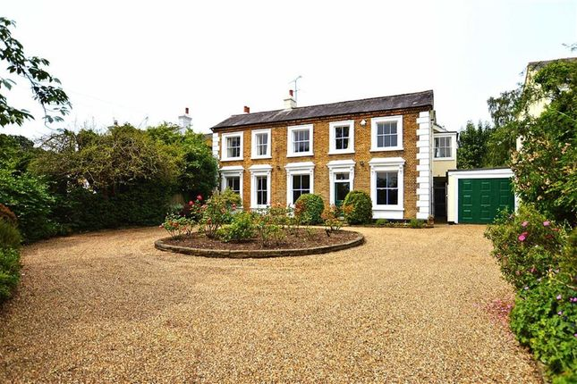 Thumbnail Detached house for sale in Piercing Hill, Theydon Bois, Essex