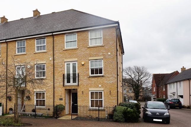 Thumbnail Terraced house for sale in Fleetwood Square, Chelmsford