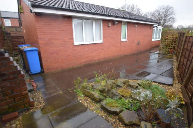 Thumbnail Detached bungalow to rent in Shadwell Street East, Heywood