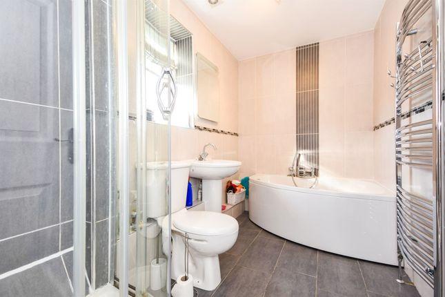 Bathroom of Albemarle Link, Beaulieu Park, Springfield, Chelmsford CM1