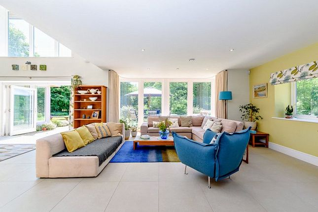 Sitting Area of Odiham Road, Winchfield, Hook, Hampshire RG27