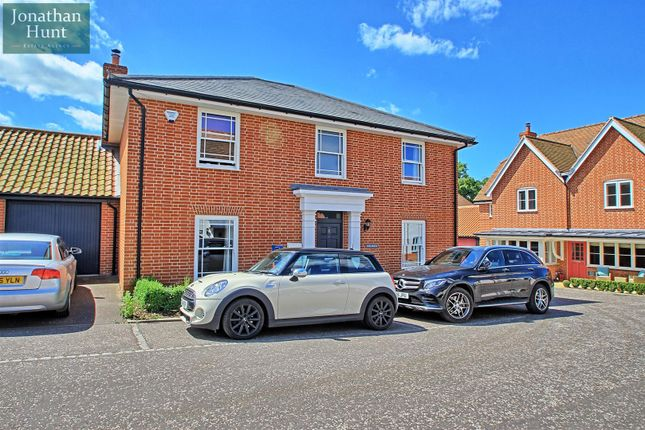 Thumbnail Detached house for sale in Pentlows, Braughing, Ware