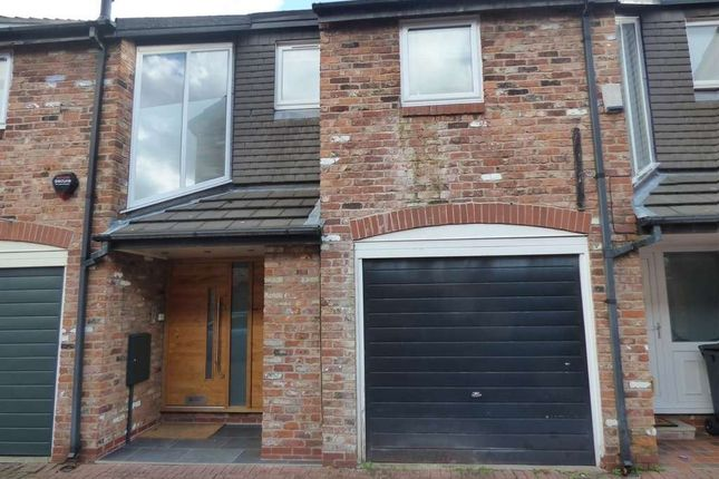 Thumbnail Terraced house to rent in 6 Gatcombe Mews, W/S