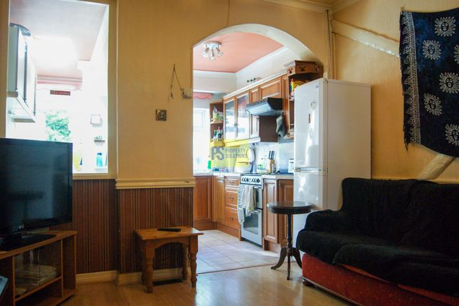 3 bed terraced house to rent in Lottie Road, Selly Oak, Birmingham B29