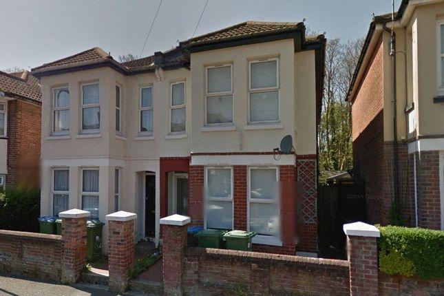 Thumbnail Property to rent in Burlington Road, Polygon, Southampton