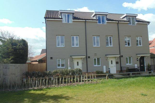 Thumbnail Town house to rent in Tulip Gardens, Cringleford
