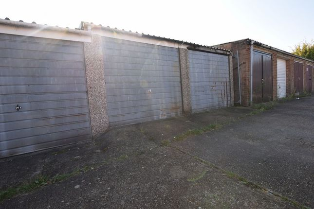 Thumbnail Parking/garage for sale in Waldegrave, Basildon