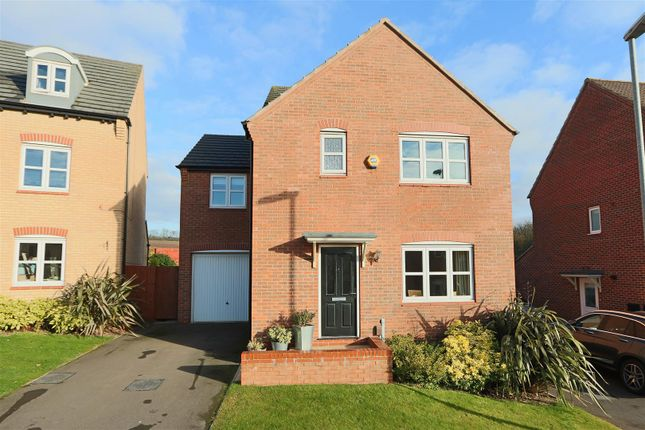 Thumbnail Detached house for sale in Pegswood Drive, Arnold, Nottingham