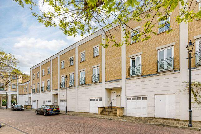 Thumbnail Flat for sale in Floris Place, London