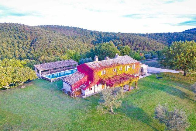 Aerial of Villa Pianesante, Collelungo, Todi, Umbria
