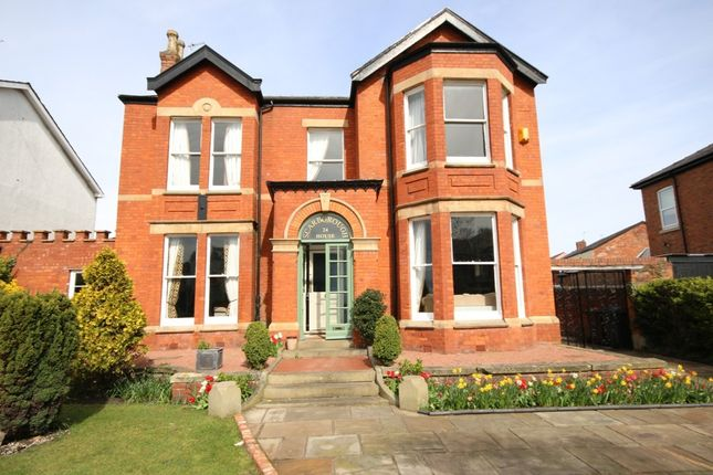 Thumbnail Detached house for sale in Crescent Road, Birkdale, Southport