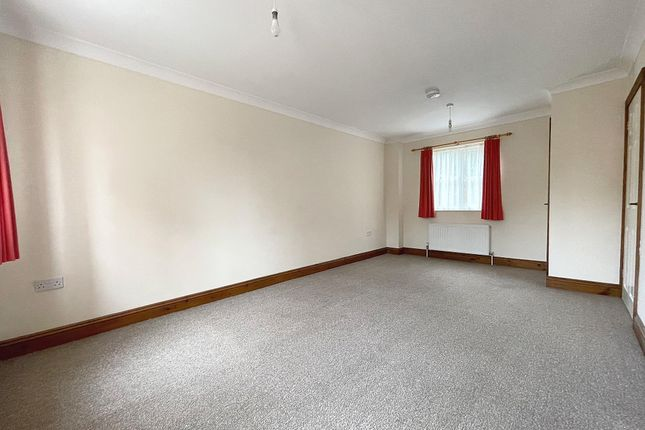 3 bed town house to rent in Freeman Terrace, Ramsey, Huntingdon PE26