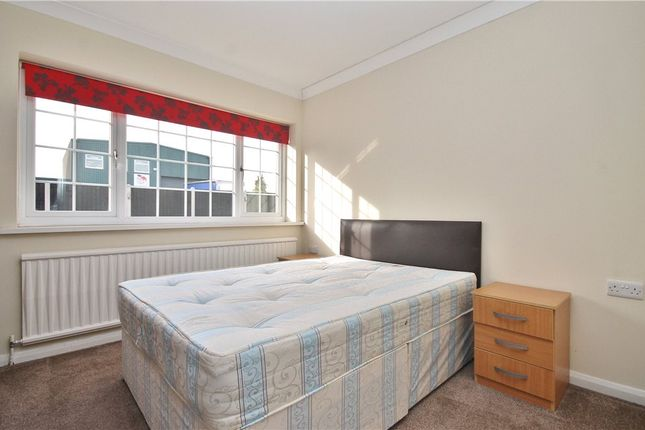 Thumbnail Room to rent in Town Lane, Stanwell, Staines-Upon-Thames, Surrey