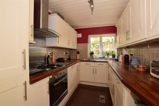 Thumbnail Town house for sale in Langley Park Road, Sutton, Surrey