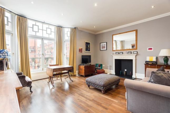 Thumbnail Flat for sale in Montagu Mansions, London