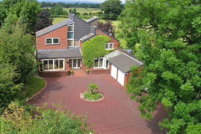 Thumbnail Detached house to rent in Shay Lane, Hale Barns, Altrincham