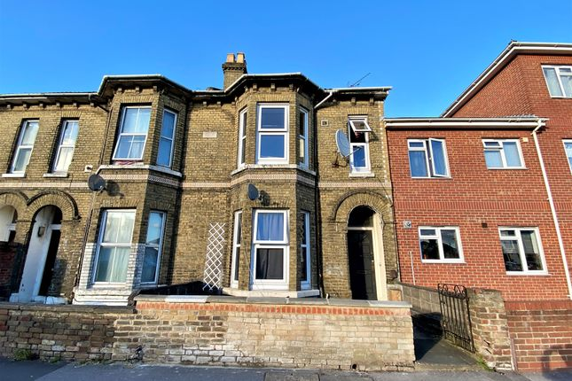 Thumbnail Terraced house for sale in Shirley Road, Shirley, Southampton