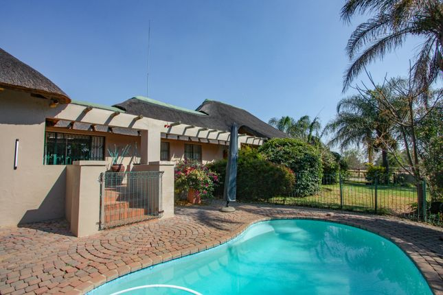 Thumbnail Equestrian property for sale in Maple Road, Kyalami, Midrand, Gauteng, South Africa