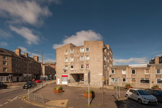 Thumbnail Flat for sale in 12 Carnegie Court, Edinburgh