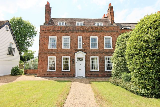 Thumbnail Detached house for sale in Crossbrook Street, Cheshunt, Hertfordshire.