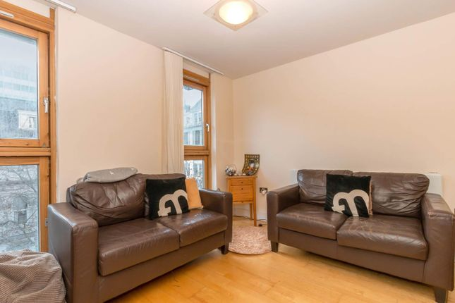 Thumbnail Flat to rent in Temple House, Temple Street