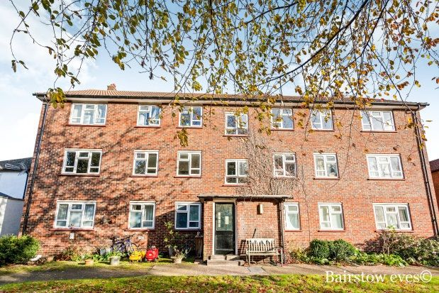 Thumbnail Flat to rent in Palace Road, Bromley