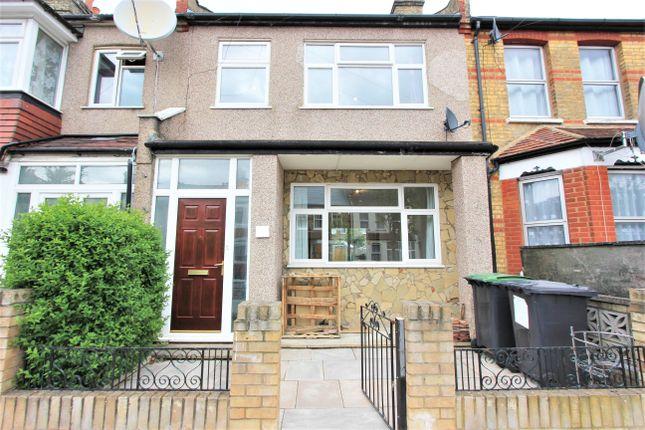 Thumbnail Flat to rent in Saxon Road, London