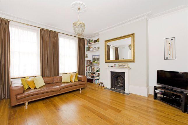 Thumbnail Maisonette to rent in Myddelton Square, London