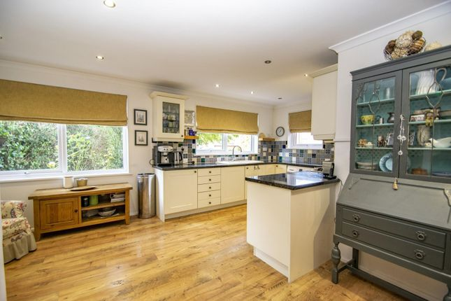 Kitchen Diner of West Chiltern, Woodcote, Reading RG8