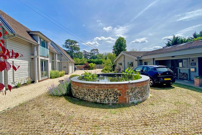 Thumbnail Detached house for sale in The Street, Crowmarsh Gifford, Wallingford