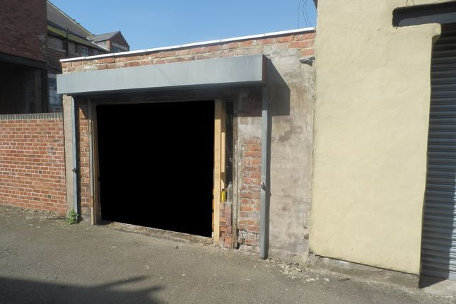 Parking/garage to let in Spencer Street, Eldon Lane, Bishop Auckland