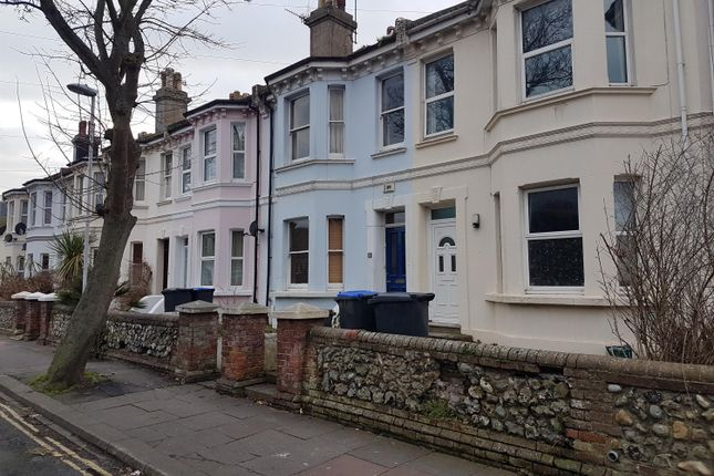 Thumbnail Shared accommodation to rent in Ashdown Road, Worthing, West Sussex