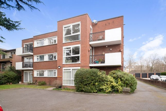 Thumbnail Flat for sale in Albemarle Road, Beckenham