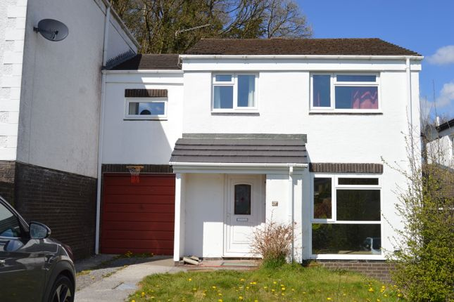 4 bed link-detached house to rent in Heol Drindod, Johnstown, Carmarthen SA31