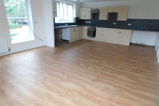Thumbnail Flat to rent in Foxbury Avenue, Chislehurst, Kent